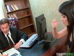 follando con la secretaria